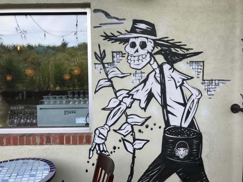 espolon-mural-lucha-tigre-sean-kernick-2