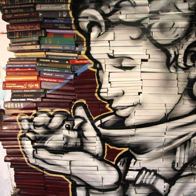 BOOK-WALL-MURAL-POURWORKS-9